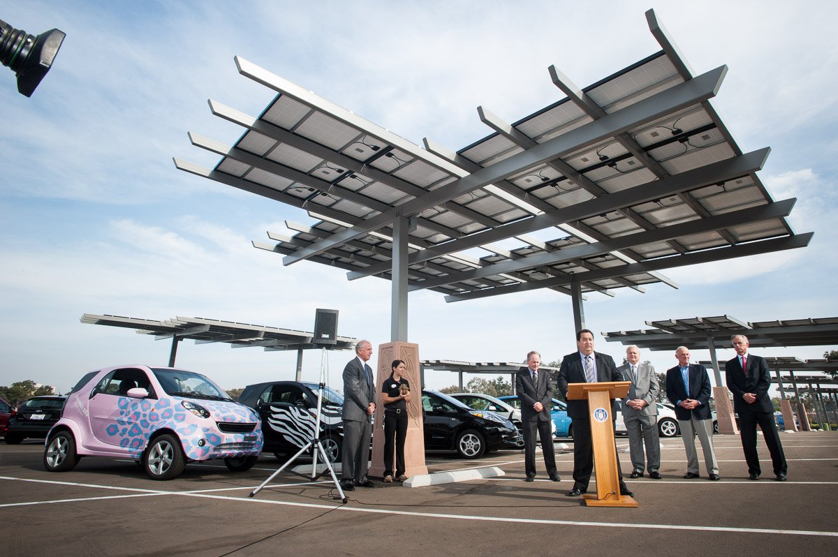 Kyocera Panels To Power San Diego Zoo Solar To Ev Project