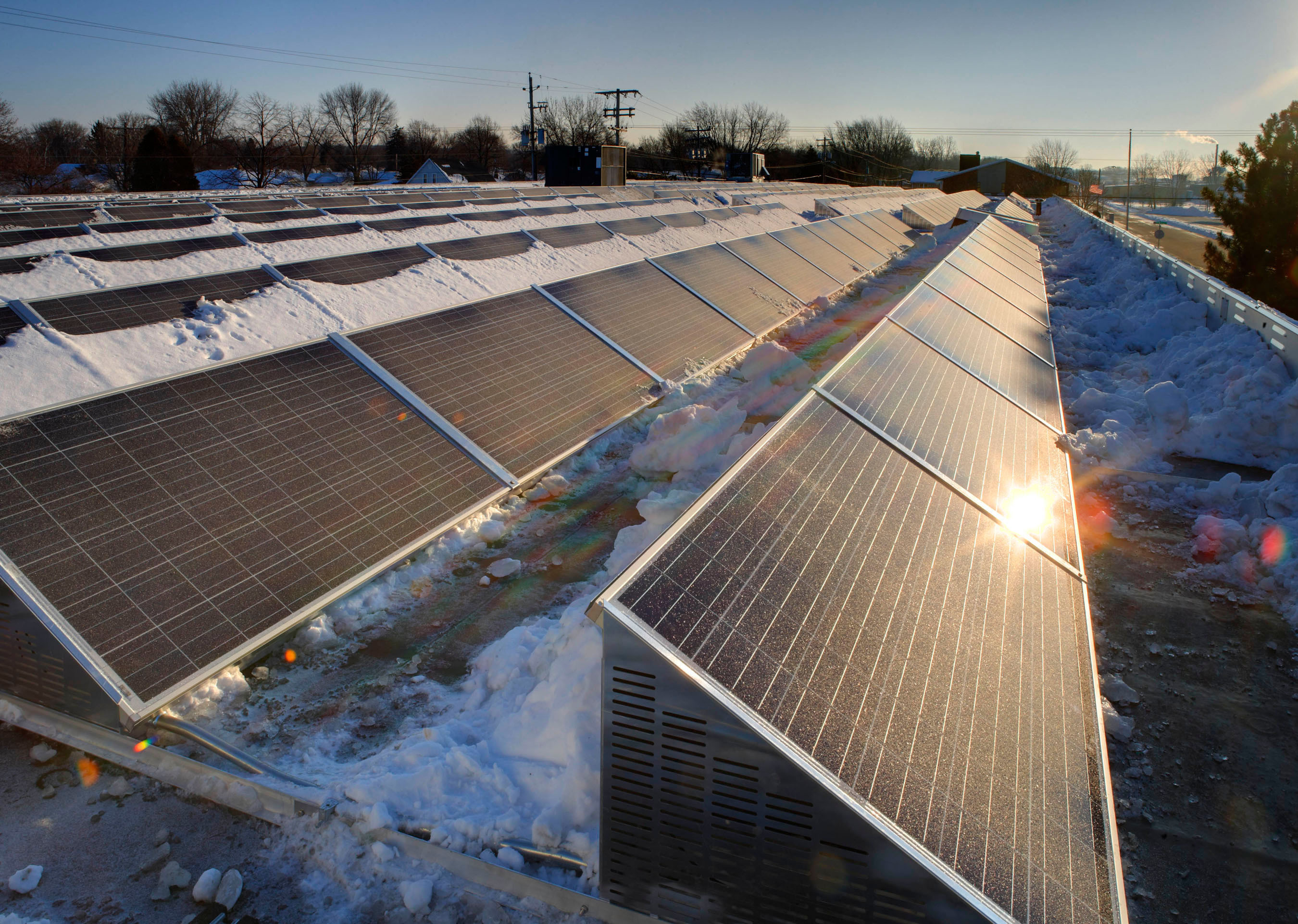 Details on a record-breaking solar install program in Wisconsin