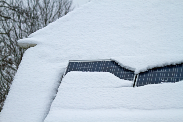 When Should You Worry About Snow on Solar Panels?