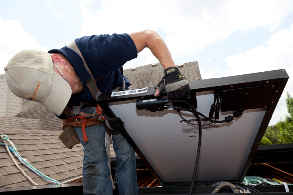 The SolarBridge microinverter comes pre-installed  on the solar panel, providing a quick and easy installation.
