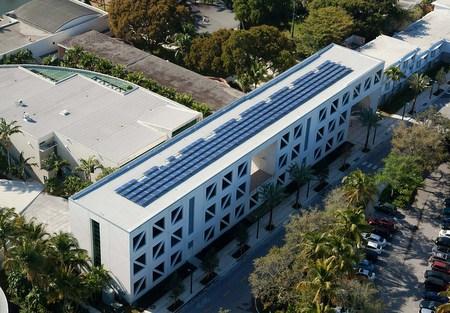 University of Miami solar award
