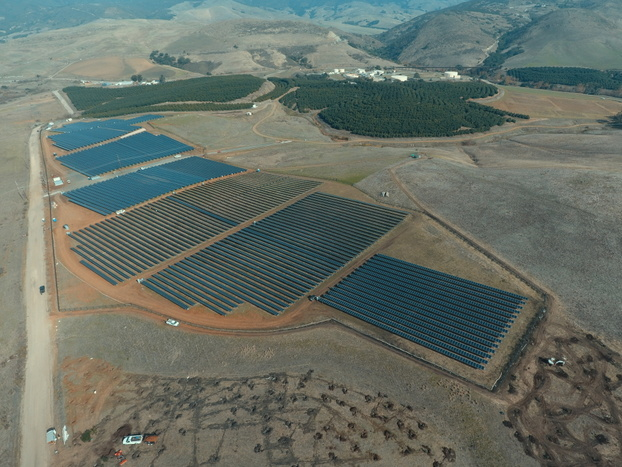 REC Solar debuts new solar farm for Cal Poly, develops student education program