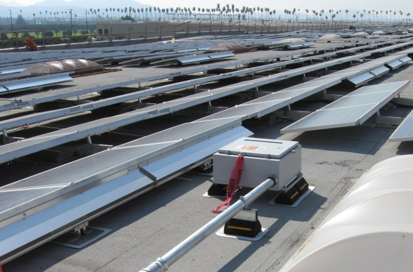 A Stahlin enclosure was chosen to house solar inverters on a rooftop installation in California.