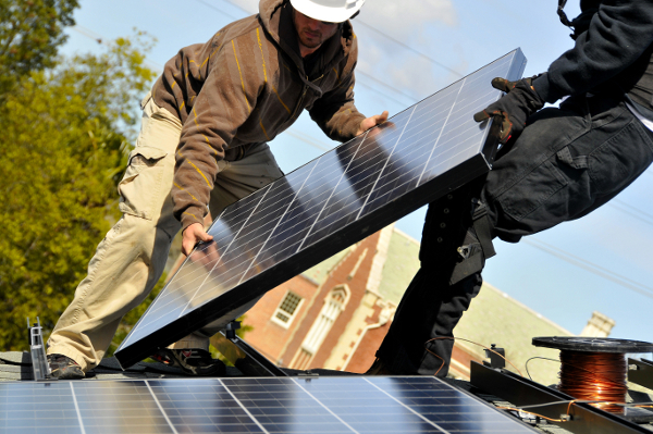 Canadian Solar Partners with PetersenDean on New Roofing Program