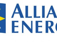 Alliant Energy donates $90,000 in community solar blocks to Habitat for Humanity