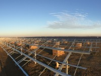 Logistics power: AET delivers racking for 7-MW Calif. project in one week