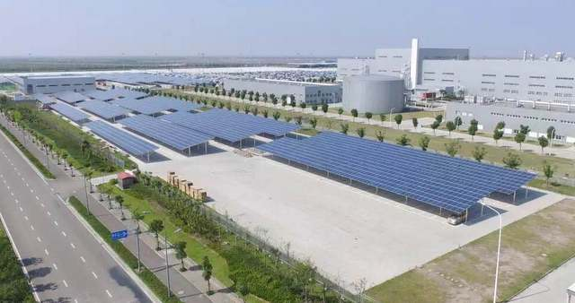 Ginlong solar canopy