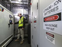 Report: Energy storage would benefit more than 5 million commercial customers