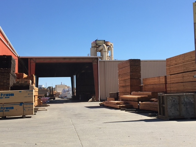 120 kW160 kWh Sharp SmartStorage system at Channel Lumber in Oakland CA-5.JPG