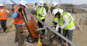 Beloit University students help install community solar array in Colorado_GRID2017_2