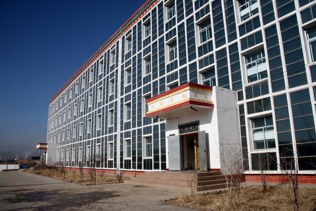 BIPV solar facades