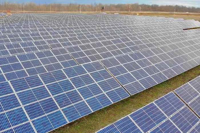 Livingston Community Solar Project_C2 Energy Capital_2020