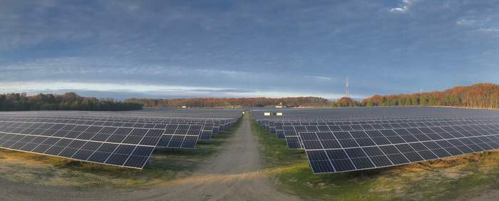 National EPC CS Energy Completes Largest Solar Installation in NJ for Dept of Navy