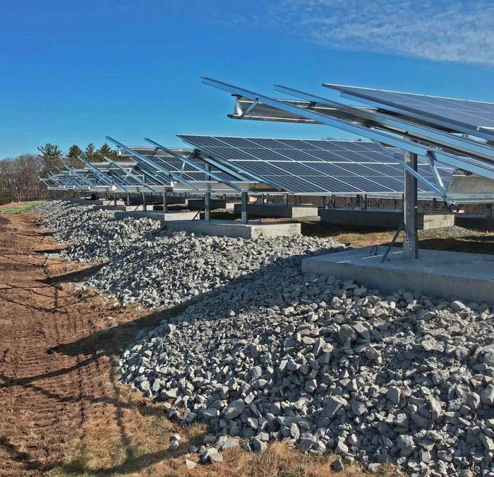 Signal Energy Installs Solar FlexRack on Beverly Landfill Solar Project_620