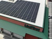 HOLT Renewables adds solar atop this industrial laundry facility in Texas
