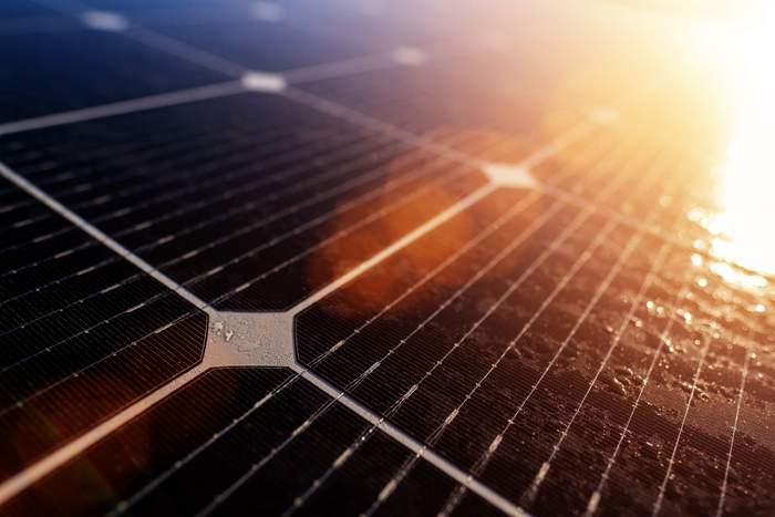 University of Manchester scientists sequester lead in solar panels 2-001