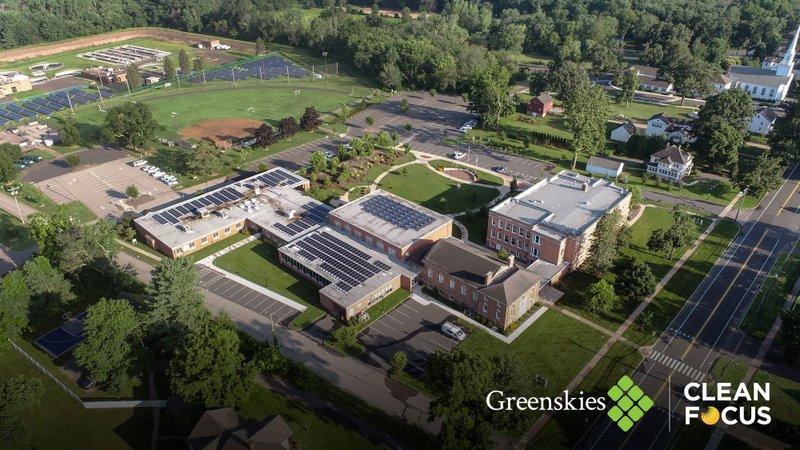 Greenskies_Solar_Glastonbury-Town-Hall_2021-07-30